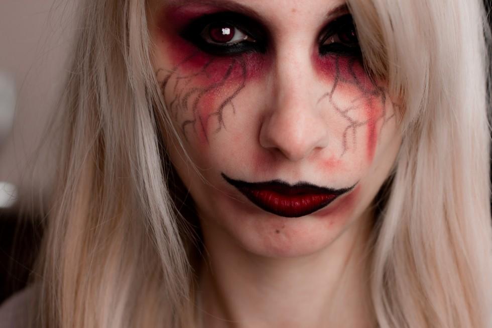 maquillage halloween vampire facile