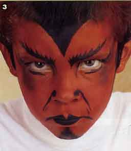 Maquillage halloween diable enfant